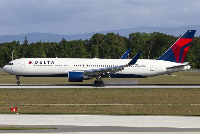 N178DZ B767-332ER 30596/795 Delta Air Lines @ Frankfurt Airport 08.05.2015 © Piti Spotter Club Verona