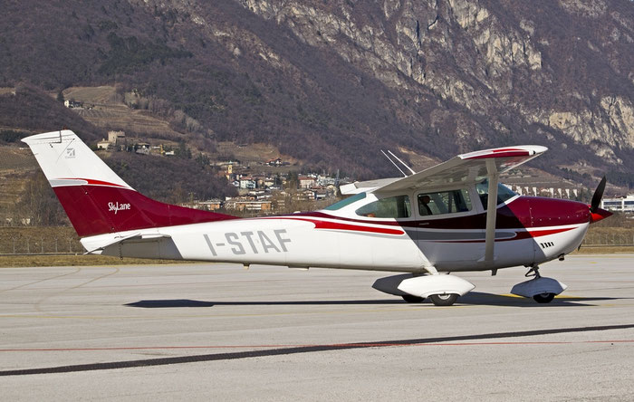 I-STAF - Cessna C182N Skylane (c/n 18260209) - Private @ Aeroporto di Trento © Piti Spotter Club Verona