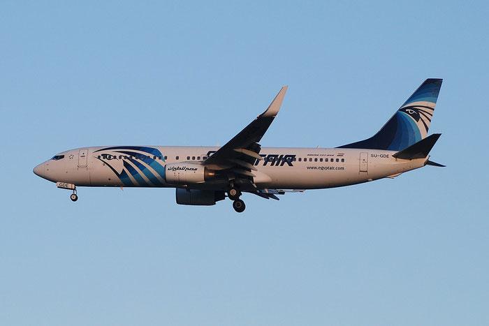 SU-GDE B737-866 35569/3043 EgyptAir @ Milano Malpensa Airport 23.11.2014 © Piti Spotter Club Verona