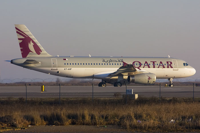 A7-AHF A320-232 4496 Qatar Airways @ Venice Airport 08.01.2012 © Piti Spotter Club Verona