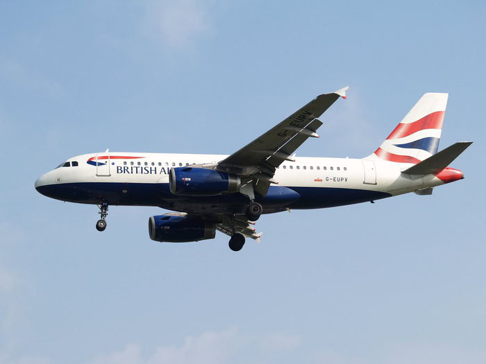 G-EUPV A319-131 1423 British Airways @ London Heathrow Airport 08.2007 © Piti Spotter Club Verona