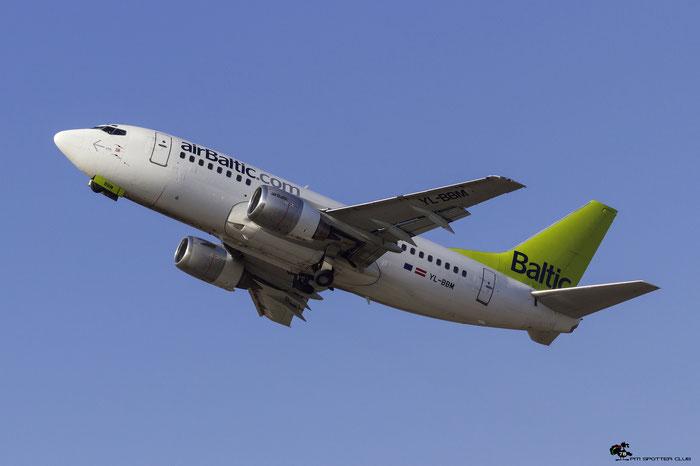 YL-BBM B737-522 26680/2366 airBaltic