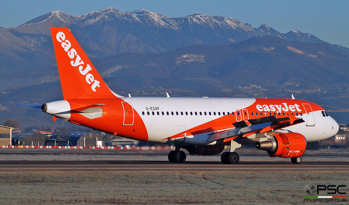 G-EZAF A319-111 2715 easyJet @ Aeroporto di Verona 12.2018  © Piti Spotter Club Verona