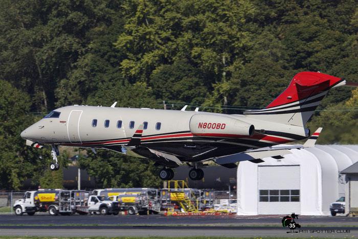 N800BD CL-300 20270 Konfara Co. LLC@ Boeing Field Airport 22.09.2015 © Piti Spotter Club Verona