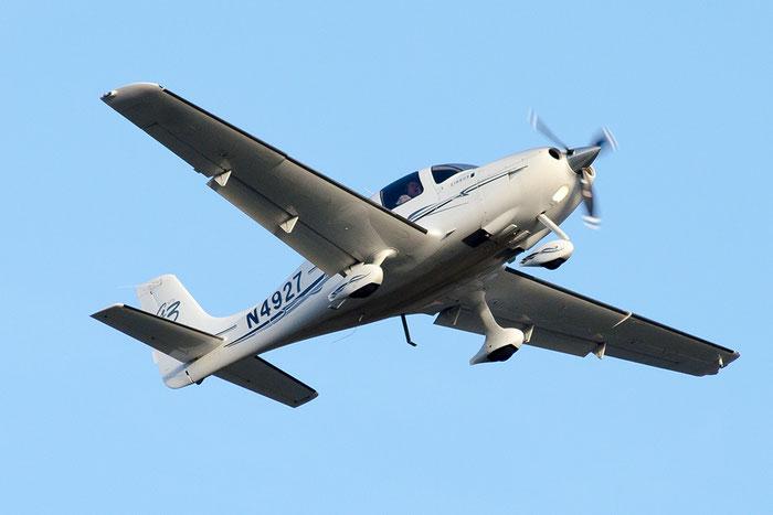 N4927 - Cirrus SR-22 - Private @ Aeroporto di Bolzano © Piti Spotter Club Verona