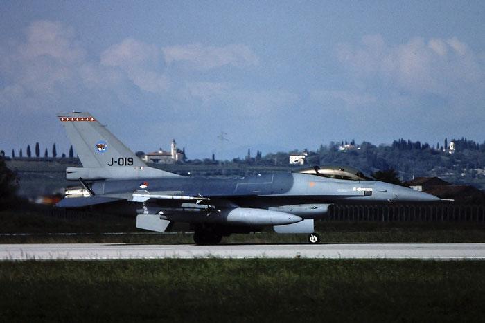 J-019  AZ  F-16AM  6D-175  148th FS @ Aeroporto di Verona   © Piti Spotter Club Verona