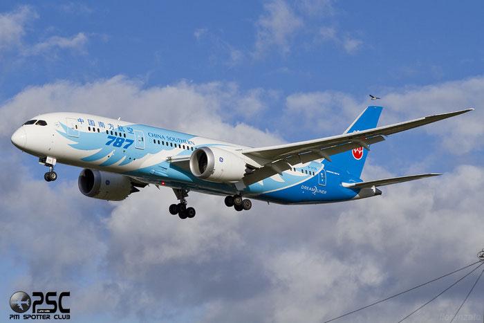 B-2735 B787-8 34928/119 China Southern Airlines @ London Heathrow Airport 07.02.2014 © Piti Spotter Club Verona
