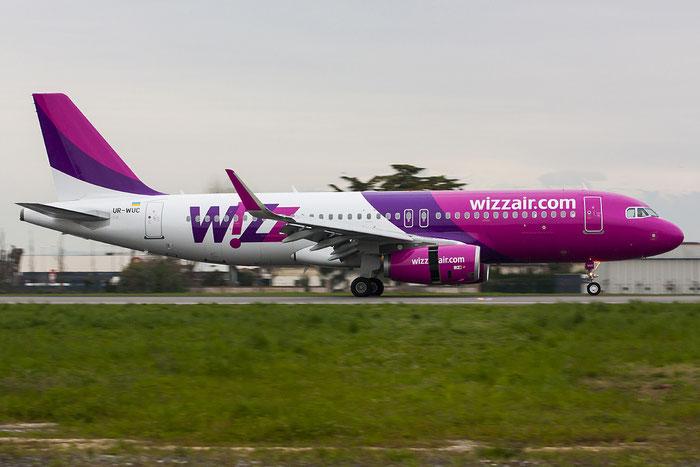 UR-WUC A320-232 5539 Wizz Air Ukraine @ Treviso Airport 08.04.2013 © Piti Spotter Club Verona