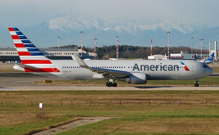 N388AA  B767-323ER  27448/563  American Airlines @ Milano Malpensa 2018 © Piti Spotter Club Verona