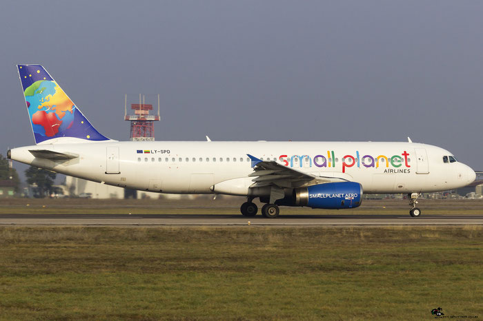 LY-SPD A320-232 990 Small Planet Airlines @ Aeroporto di Verona 10.02.2018  © Piti Spotter Club Verona