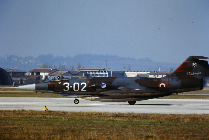 Gli F-104 del Terzo Stormo: 3-02 -  @ Aeroporto di Verona   © Piti Spotter Club Verona