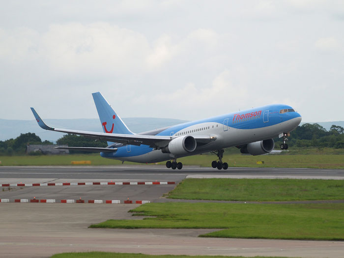 G-OBYG B767-304ER 29137/733 Thomson Airways @ Manchester Airport 20.07.2012 © Piti Spotter Club Verona