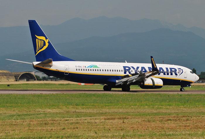 EI-ENJ B737-8AS 40301/3516 Ryanair @ Aeroporto di Verona 05.2018  © Piti Spotter Club Verona