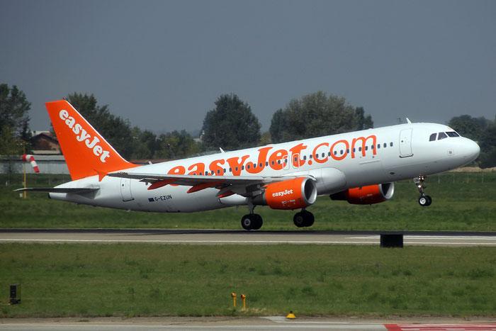 G-EZUN A320-214 5046 EasyJet Airline @ Bologna Airport 03.09.2014  © Piti Spotter Club Verona