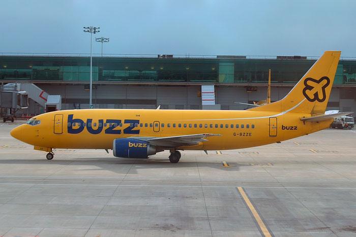 G-BZZE B737-3Q8 26310/2680 Buzz @ London Stansted Airport 2004 © Piti Spotter Club Verona