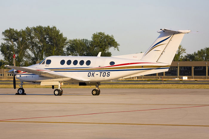OK-TOS Beech B200 BB-1825 Sun Fly Srl. @ Treviso Airport 08.08.2012 © Piti Spotter Club Verona