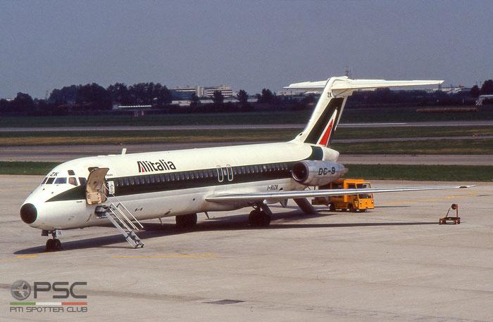 I-RIZK  DC-9-32  47436/541  Alitalia © courtesy of Marco Ceschi - Piti Spotter Club Verona