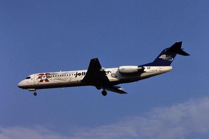 I-ALPW Fokker 100 11255 Alpi Eagles @ Aeroporto di Verona © Piti Spotter Club Verona