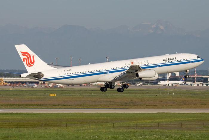 B-2388 A340-313X 242 Air China @ Milano Malpensa Airport 26.06.2011 © Piti Spotter Club Verona