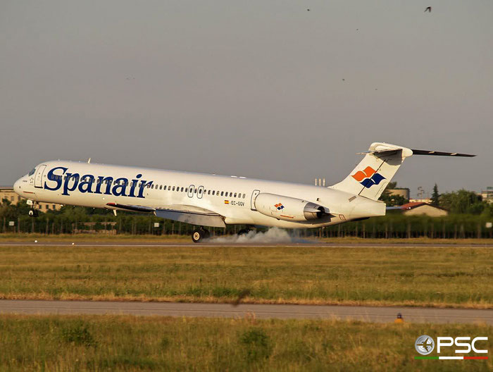 EC-GGV MD-83 49791/1644 Spanair @ Aeroporto di Verona 07.07.2007  © Piti Spotter Club Verona