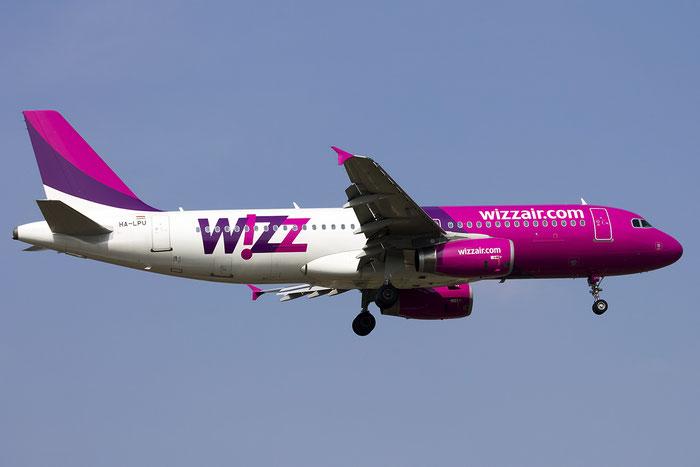 HA-LPU A320-232 3877 Wizz Air @ Treviso Airport 15.03.2015 © Piti Spotter Club Verona