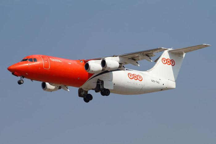 OO-TAS BAe146-300QT E3154 TNT Airways @ Bologna Airport 10.10.2011 © Piti Spotter Club Verona