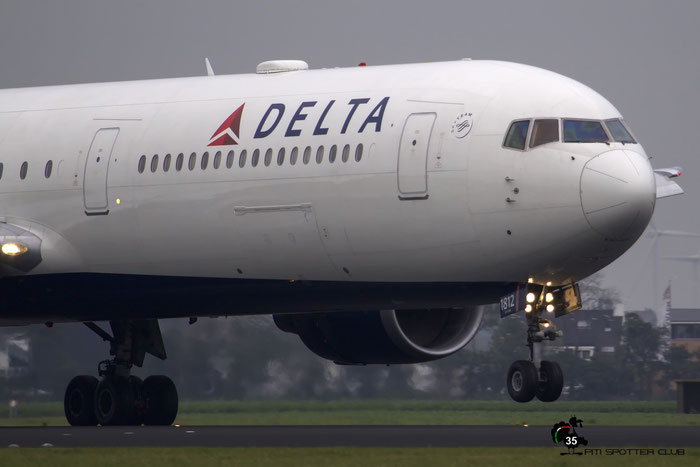 N832MH B767-432ER 29704/807 Delta Air Lines @ Amsterdam Airport 24.10.2015 © Piti Spotter Club Verona
