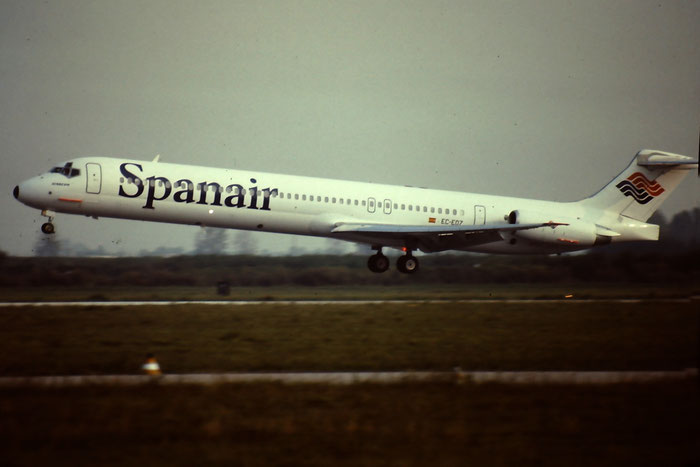 EC-EOZ  MD-83  49627/1580  Spanair  @ Aeroporto di Verona © Piti Spotter Club Verona