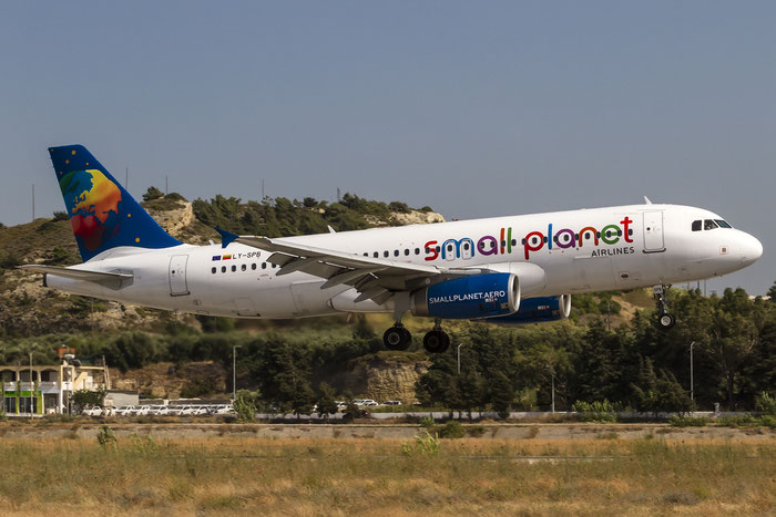 LY-SPB A320-232 2987 Small Planet Airlines @ Rhodes Airport 07.2015 © Piti Spotter Club Verona
