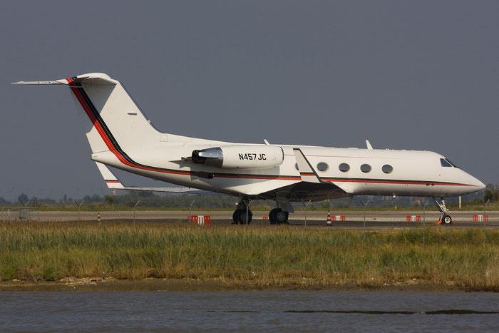 N457JC G-III 457 SLJ Holdings LLC @ Venezia Airport 07.07.2012 © Piti Spotter Club Verona