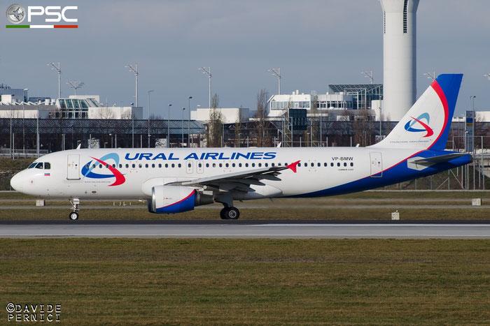 VP-BMW A320-214 2166 Ural Airlines @ Munich Airport 13.12.2015 © Piti Spotter Club Verona