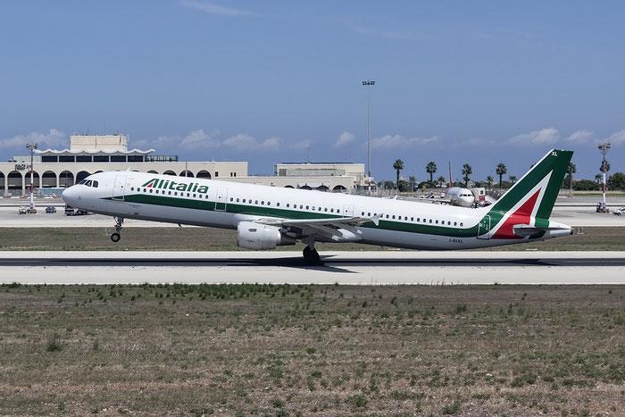 I-BIXL A321-112 513 Alitalia @ Malta Airport 08.2015  © Piti Spotter Club Verona