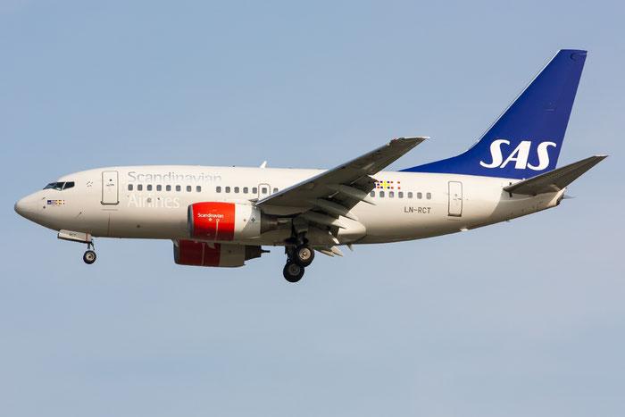 LN-RCT B737-683 30189/303 SAS Scandinavian Airlines - Scandinavian Airlines System @ Venezia Airport 15.06.2013 © Piti Spotter Club Verona
