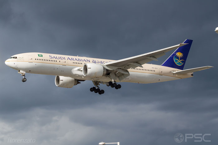 HZ-AKA B777-268ER 28344/98 Saudia - Saudi Arabian Airlines @ London Heathrow Airport 2010 © Piti Spotter Club Verona