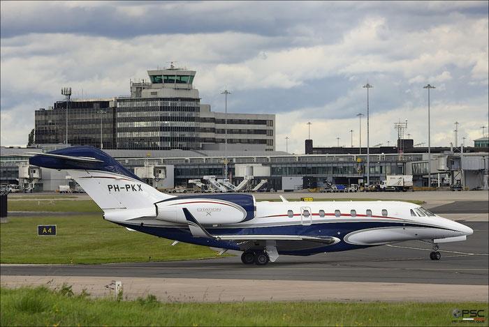 PH-PKX Ce750 750-0313 ASL - Air Service Liège @ Manchester Airport 21.06.2015 © Piti Spotter Club Verona
