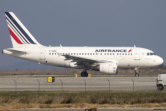 F-GUGI A318-111 2350 Air France @ Venice Airport 12.03.2015 © Piti Spotter Club Verona