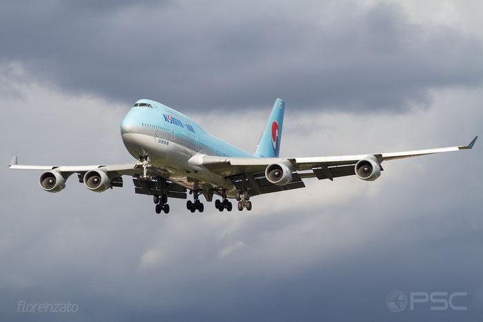 HL7461 B747-4B5 26405/1118 Korean Air @ London Heathrow Airport 2010 © Piti Spotter Club Verona