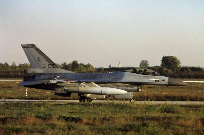 J-139   F-16AM  6D-129 @ Aeroporto di Verona   © Piti Spotter Club Verona
