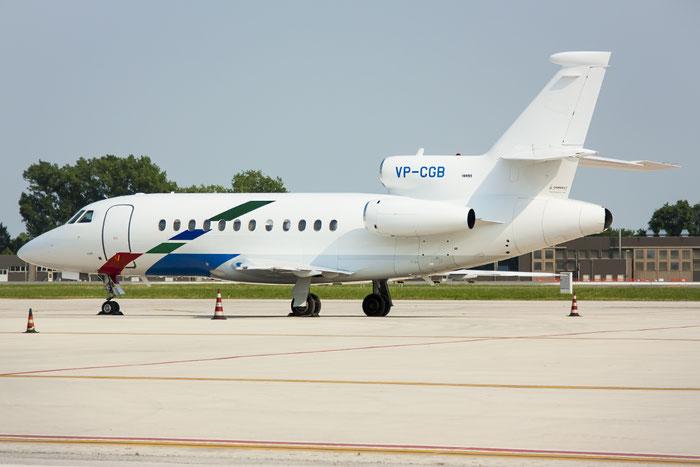 VP-CGB Falcon 900B 145 VW Air Services - Volkswagen @ Treviso Airport 17.06.2013 © Piti Spotter Club Verona