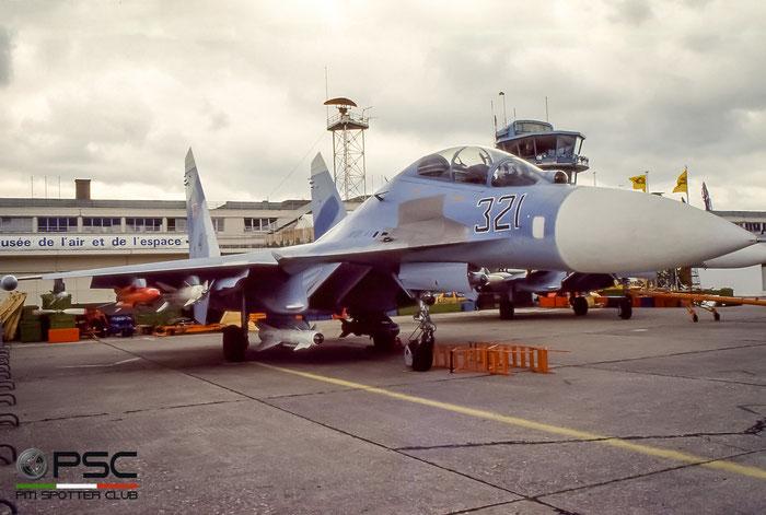 321  Su-27U  96310413042   © Piti Spotter Club Verona
