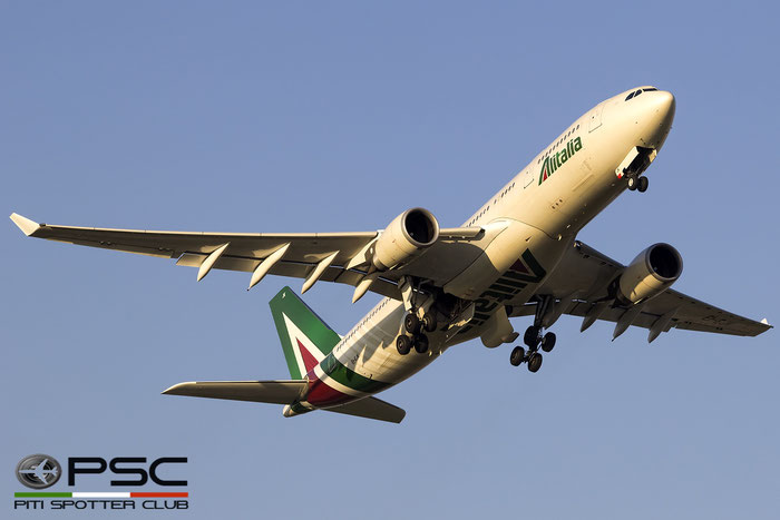 EI-EJK A330-202 1252 Alitalia @ Roma Fiumicino Airport 18.12.2016 © Piti Spotter Club Verona