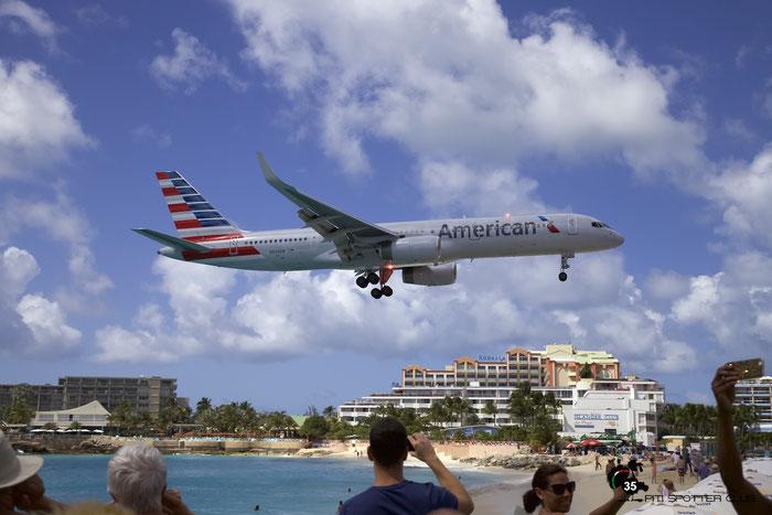 N939UW B757-2B7 27303/647 American Airlines @ Sint Maarten Airport 05.03.2016 © Piti Spotter Club Verona