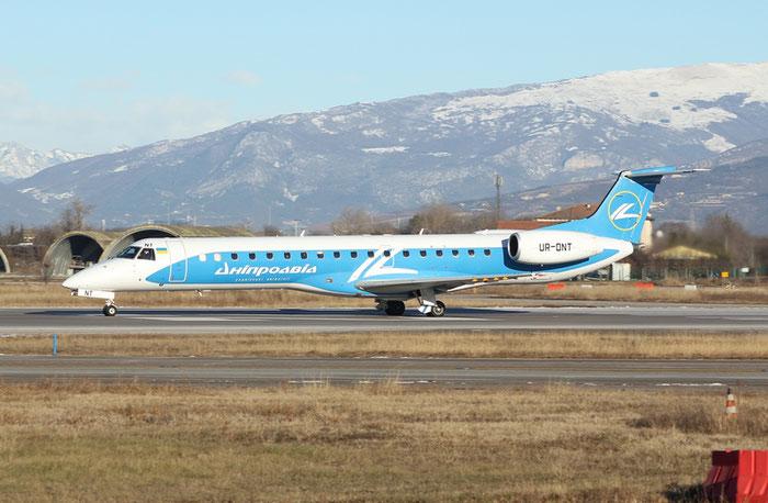 UR-DNT ERJ145LR 145709 Dniproavia @ Aeroporto di Verona - 20.01.2017  © Piti Spotter Club Verona