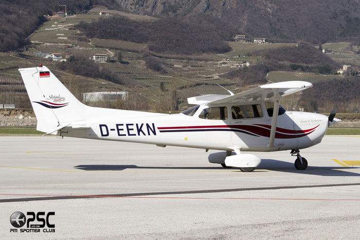 D-EEKN Cessna 172S Skyhawk 2 C172 8308 BWLV Motorflugschule @ Aeroporto di Trento © Piti Spotter Club Verona