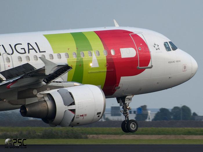 CS-TNI A320-214 982 TAP Portugal - Transportes Aéreos Portugueses @ Amsterdam Airport 20.09.2013 © Piti Spotter Club Verona