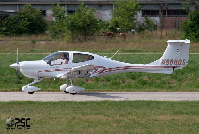 N966DS Diamond Aircraft Industries DA-40 DA40 40.1002 @ Aeroporto Verona Boscomantico © Piti Spotter Club Verona