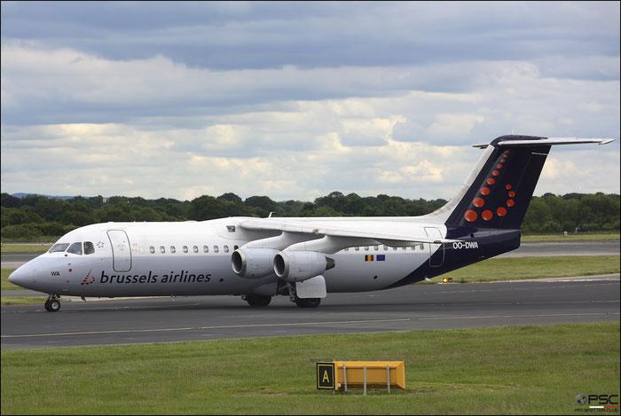 OO-DWA BAe146-RJ100 E3308 Brussels Airlines @ Manchester 21.06.2015 © Piti Spotter Club Verona