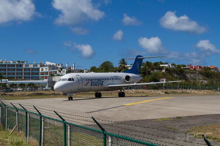 P4-FKA Fokker 70 11528 Insel Air Aruba @ Sint Maarten Airport 09.04.2016 © Piti Spotter Club Verona