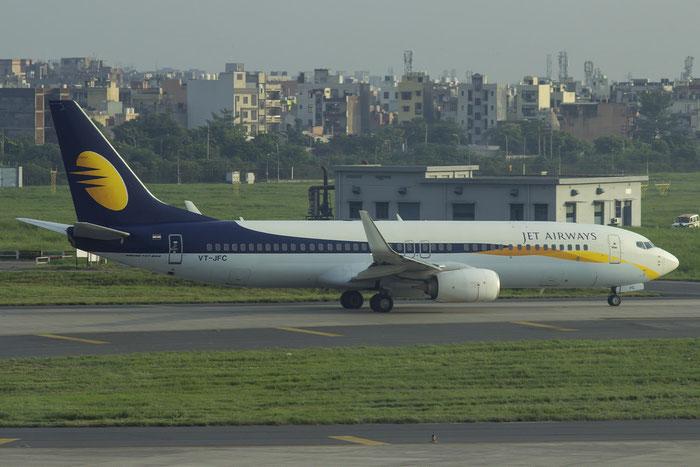 VT-JFC B737-86N 38030/4139 Jet Airways @ Delhi Airport 07.2015 © Piti Spotter Club Verona