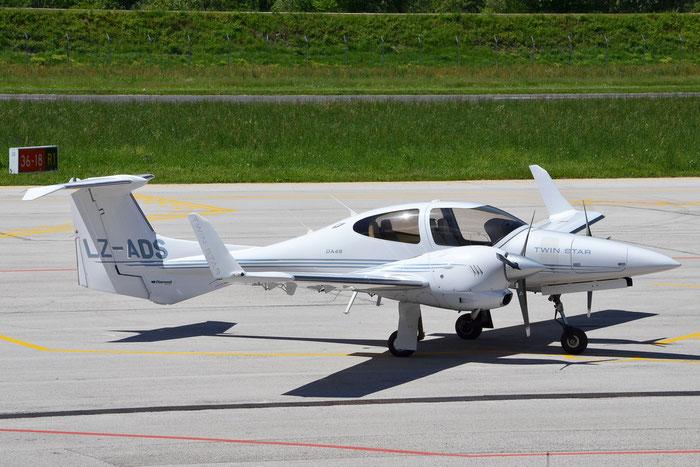 LZ-ADS - Diamond Aircraft Industries DA-42 Twin Star DA42 42.064 @ Aeroporto di Trento © Piti Spotter Club Verona